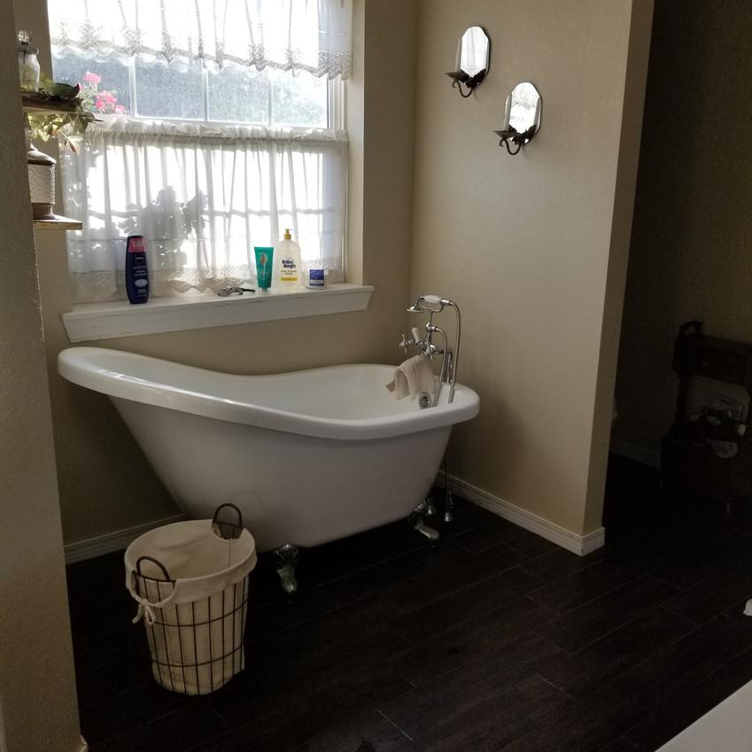 my bathroom before_edited