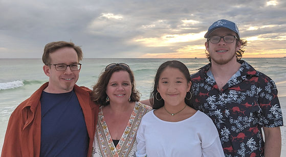 Family Destin 2020 Cropped and Edited.jp