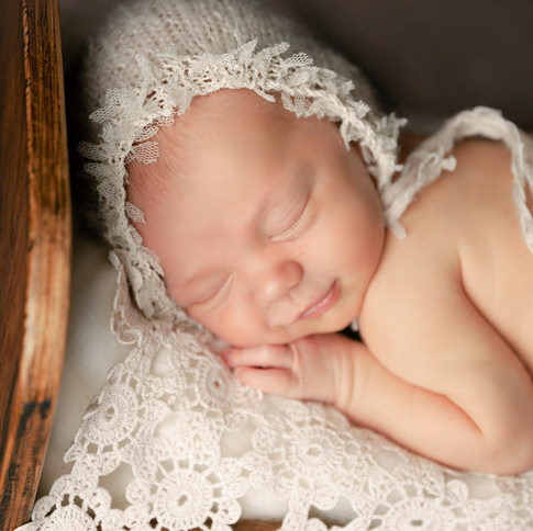 sleeping smiled baby bonnet