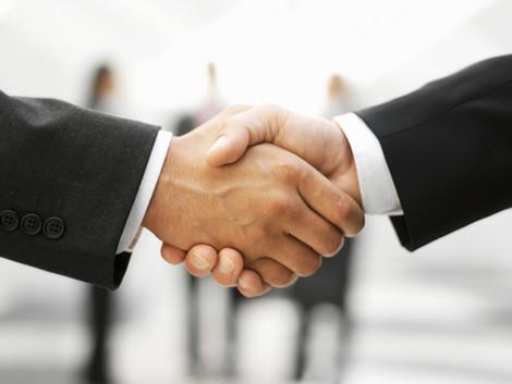 novofactum & axeed verkünden strategische Partnerschaft im Bereich Versicherung & Banking Bu