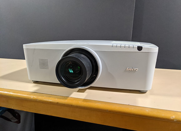 Projector, Sanyo PLC-XM100 LCD Projector