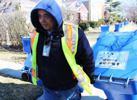 "Chicago's Recycling ""Only Diverting 10 Percent"""