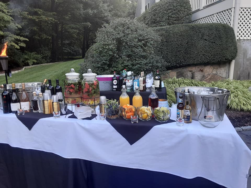 Outdoor and Indoor Mobile Bar Set Up