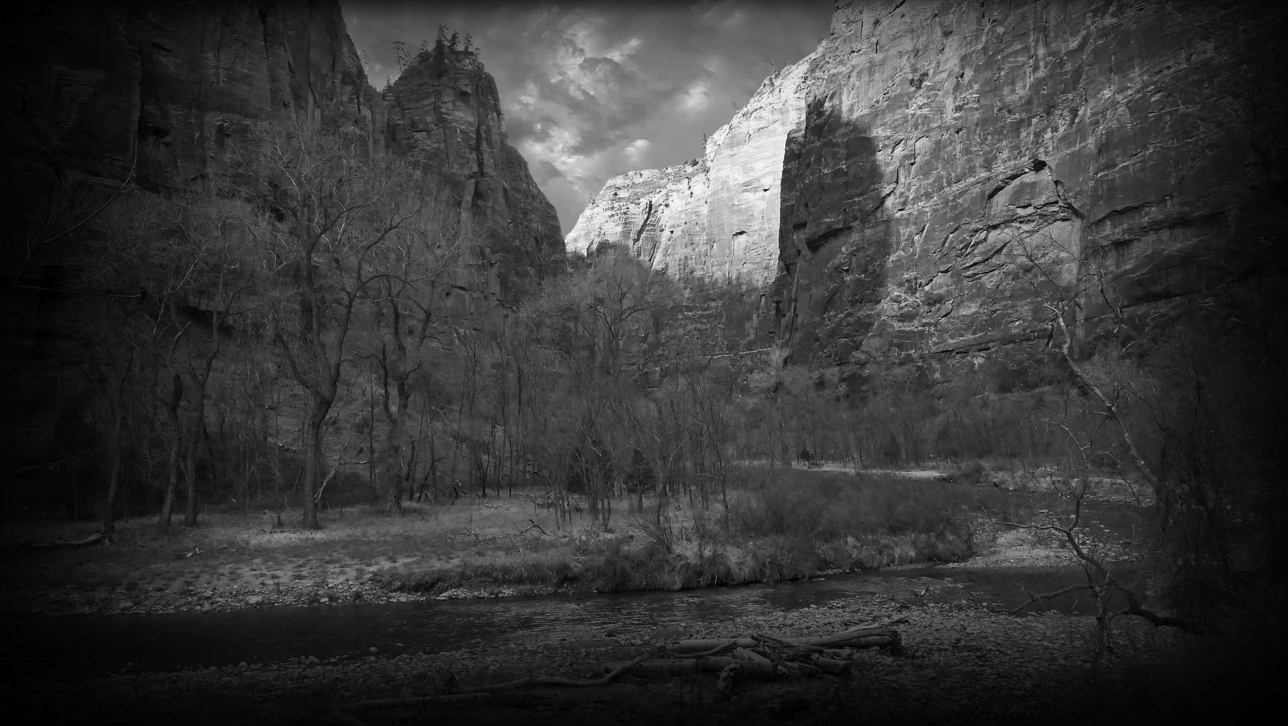 69-zion-park-spearhead-rocks.jpg