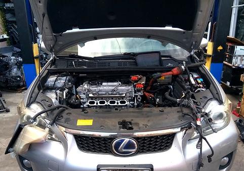 A Toyota Prius Re-built Lexus.jpg