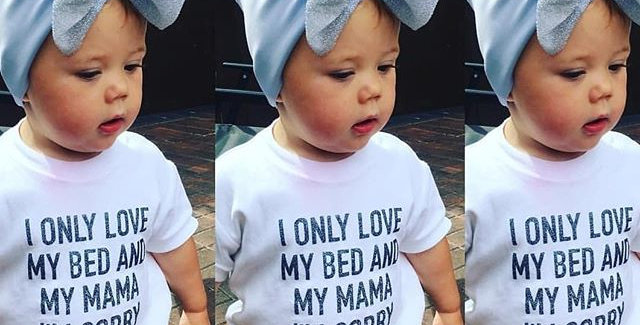 I only love my bed... T-shirt