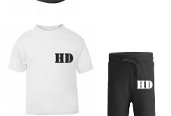 Initial shorts set with hat