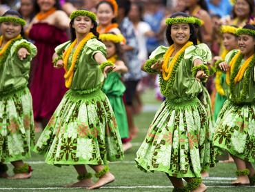 hawaiian hula dancers.jpg