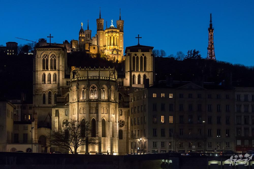 Cathédrale Saint-Jean-Baptiste; Basilique de fourvière; heure bleue; Lyon; Wallophoto