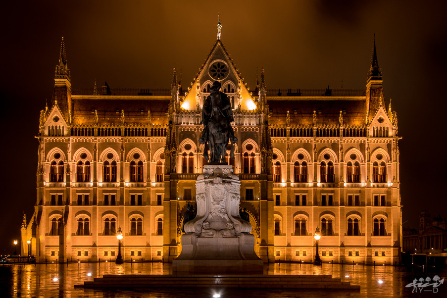 Parlement et compte Gyula Andrassy