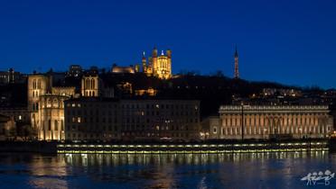 Palais de justice et basilique de Fourvière, Lyon, Wallophoto