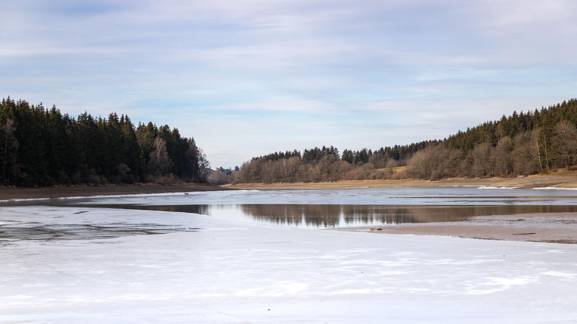 Dernières traces de galces au lac de Butgenbach, Wallophoto, février 2021