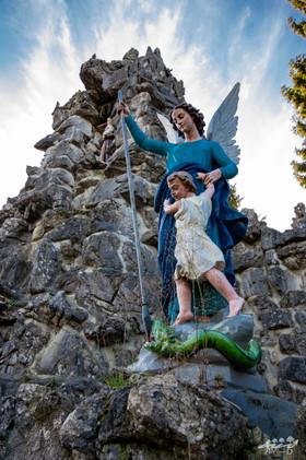 Statue de la Grotte du diable, Crupet