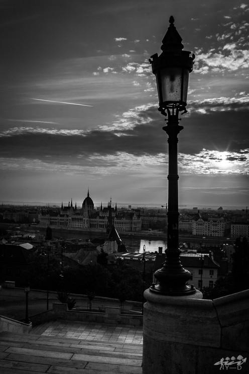 Lever du soleil sur le parlement
