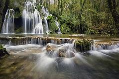waterfalls-1144130_640.jpg