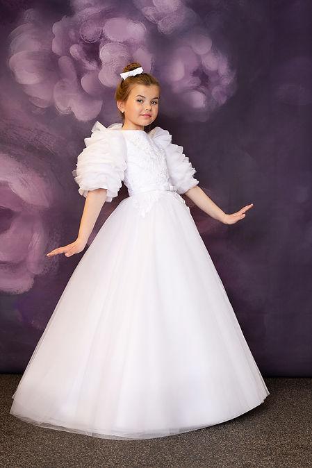 Communion-dress-Ailis-whole-dress-view-Giga-Fashion-Dublin-12.jpg