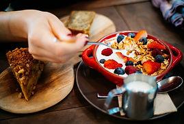 banana-bread-bread-breakfast-1065030.jpg