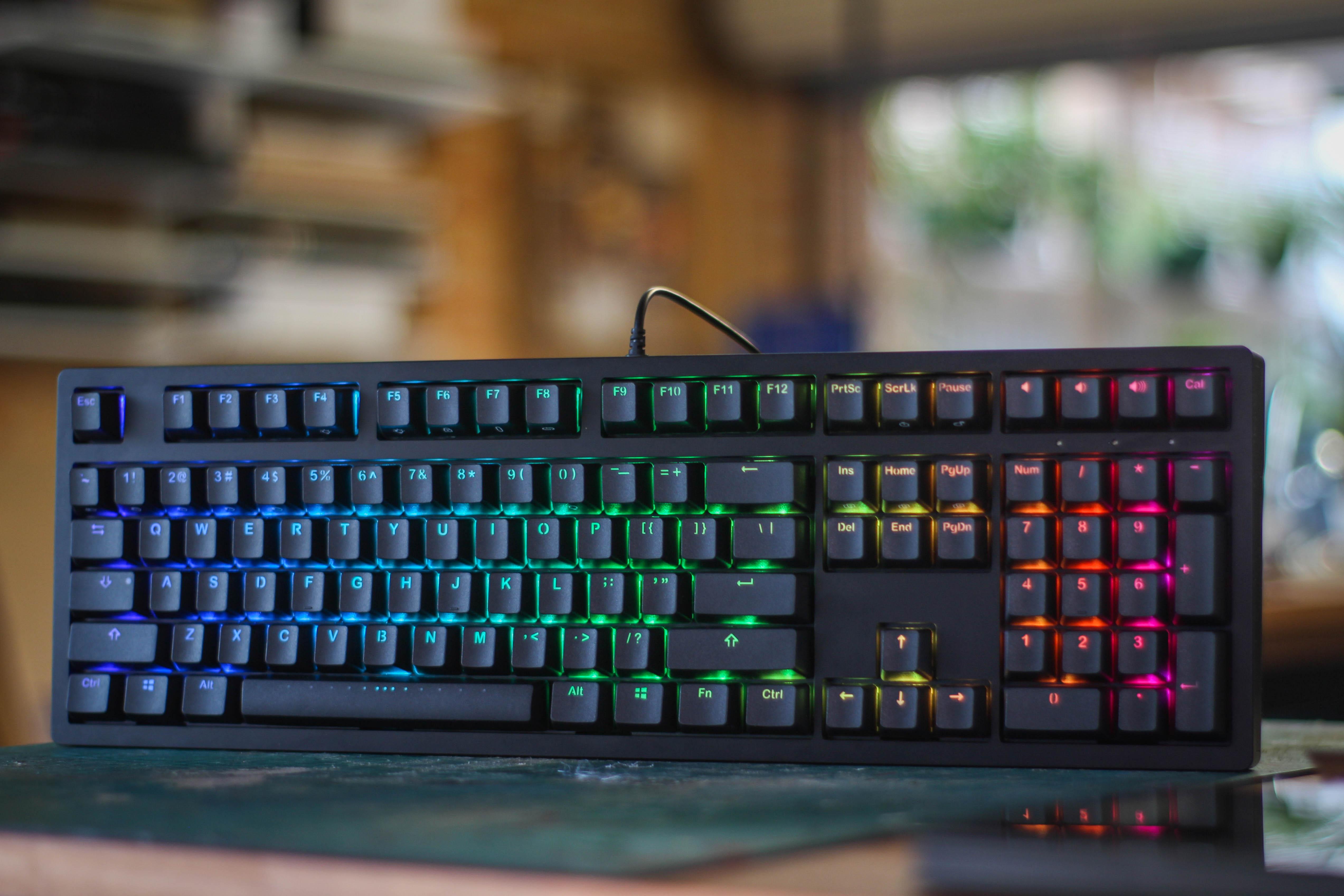 REVIEW : IKBC MF108 Full Metal Mechanical Keyboard