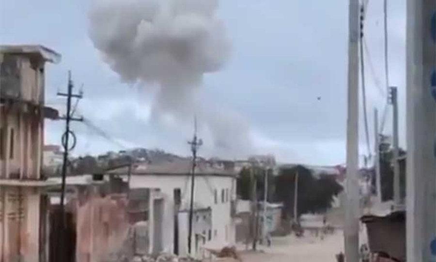 explosion-oche-bomba-somalia.jpg