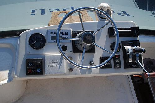 Fly-Bridge mittaristo Hyundai SeaAll meridieseleihin, Fly-Bridge instrumentpanel