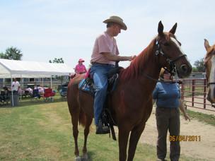 Kentucky Farms - Pink picnic 008.JPG