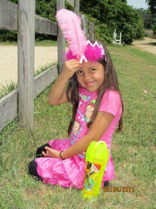 Kentucky Farms - Pink picnic 035.JPG