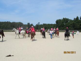 Kentucky Farms - Pink picnic 023.JPG