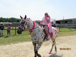 Kentucky Farms - Pink picnic 001.JPG