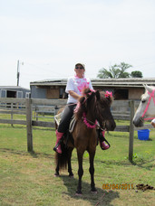 Kentucky Farms - Pink picnic 011.JPG