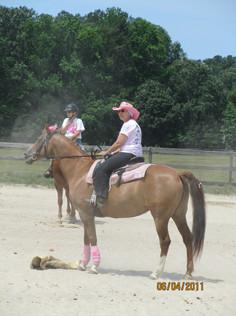 Kentucky Farms - Pink picnic 045.JPG