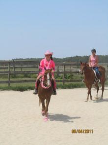 Kentucky Farms - Pink picnic 020.JPG