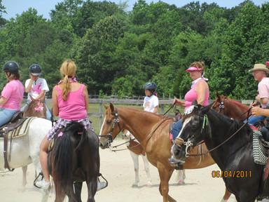 Kentucky Farms - Pink picnic 029.JPG