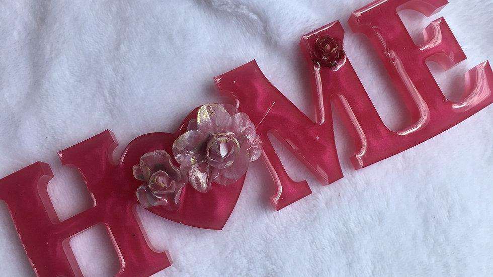 Home rose avec fleurs reliefs