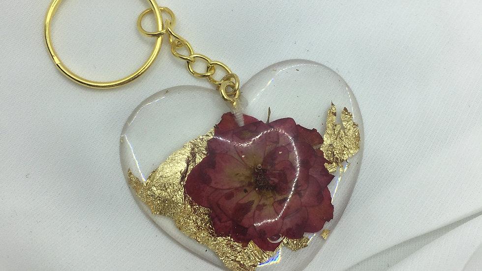 Cœur doré fleurs bordeaux