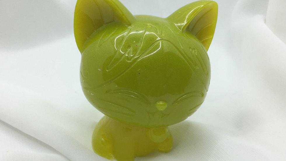 Chat jaune vert