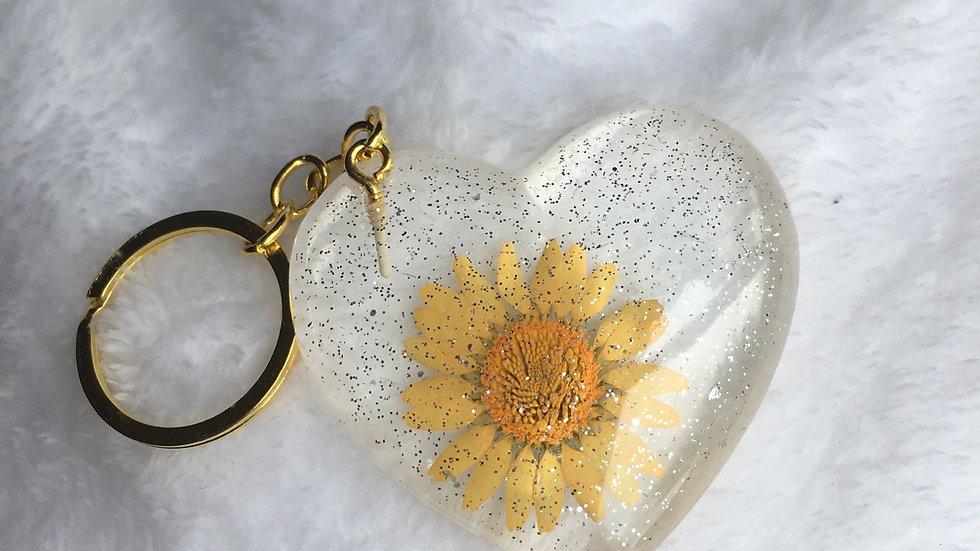 Cœur fleurs jaune