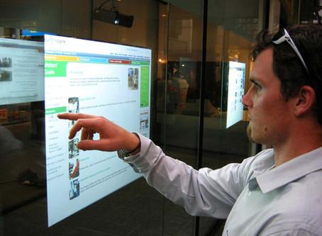 3 Easy Ways to Engage Employees Using Digital Signage