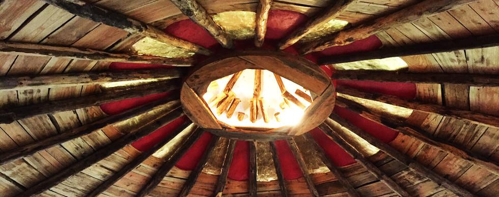 temple ceiling.jpg