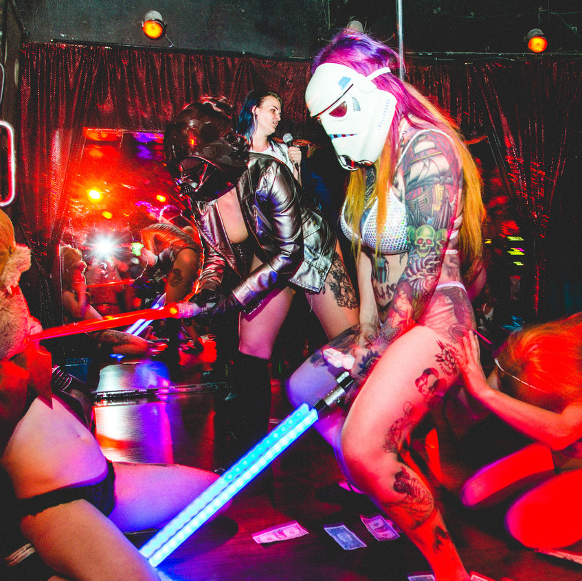 Stripperoake Contest-1013