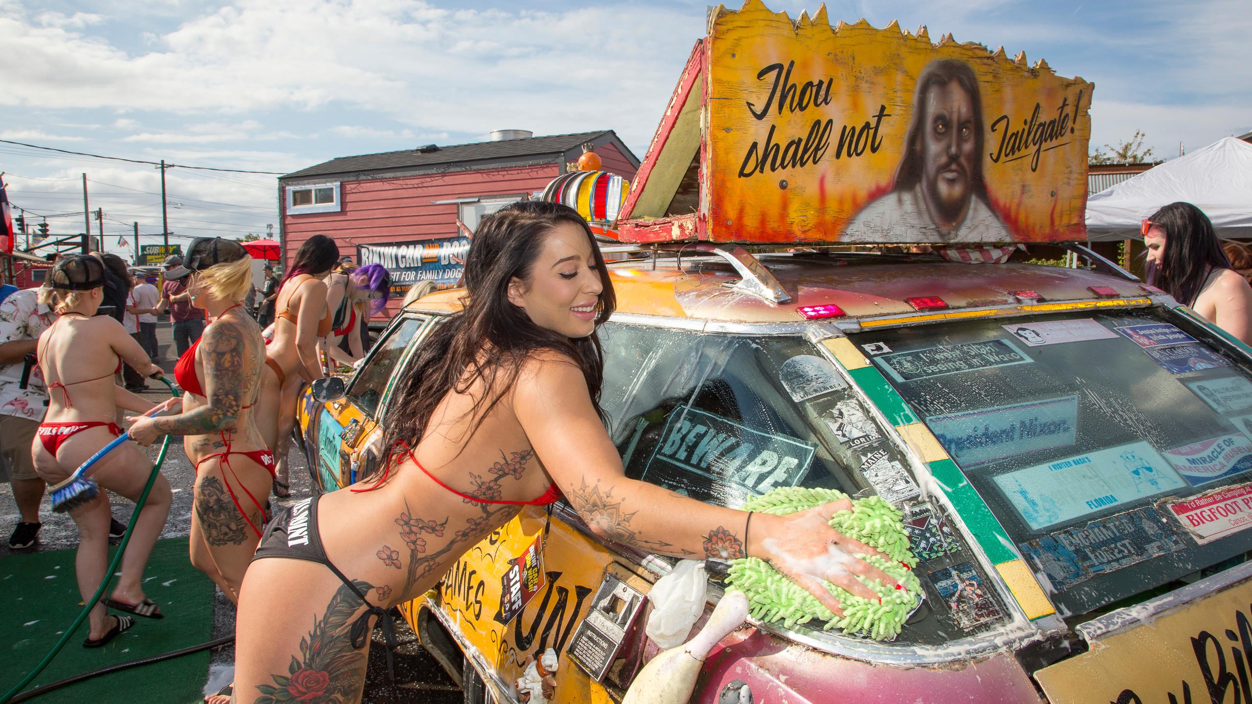 11th Annual Bikini Car And Dog Wash