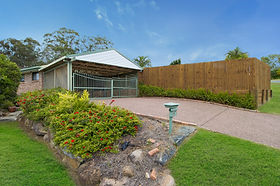 001_Open2view_ID443018-12_Roseville_Stre