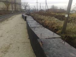 Укладка водоотводных лотков