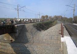 Защита конусов и устоев мостов