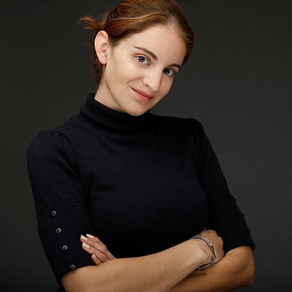 Angela - Studio Manager