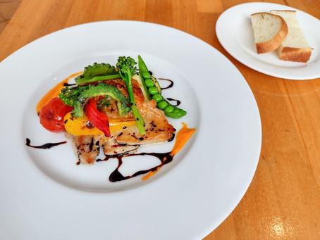 【心も満たされる料理・cafe Restaurant La Vita】