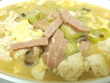 え!?ヘチマ食べないの!?沖縄の家庭料理。ナーベラー(ヘチマ)は沖縄県外ではあまり食べられていない!!ビックリだったので料理法まで公開してみた
