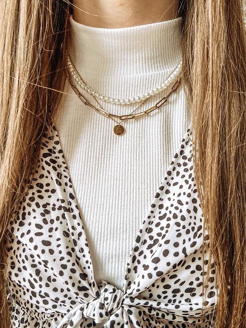 Gold Single Leaf Charm Necklace