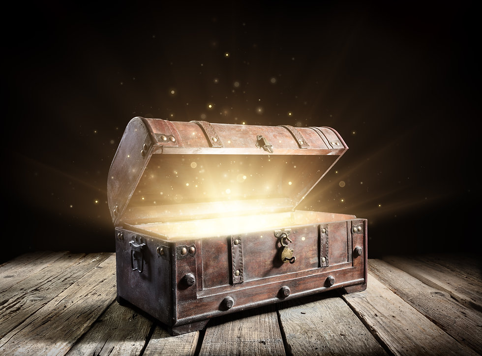Treasure Chest - Open Ancient Trunk With Glowing Magic Lights In The Dark_.jpg