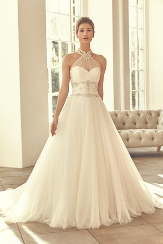 Benjamin Roberts Stunning Wedding Dress