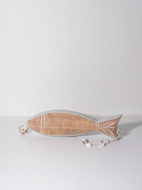 Houten vis met schelpjes